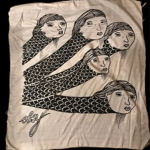 OBEY Vintage Scarf squared with snake heads